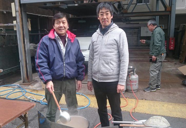 豚汁を作る岡崎よしあき
